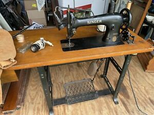 Singer industrial sewing machine 31-15 with motor, work table, WORKS, 1929!