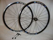 Kinlin XR300 650c wheels with Novatec hubs for road race or training .