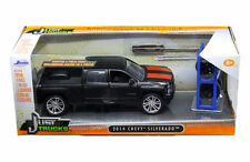 JADA 1:24 W/B JUST TRUCKS 2014 CHEVROLET SILVERADO WITH EXTRA WHEELS 97690