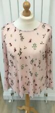 Womans pretty summer ( salmon pink) floral top size 20/22