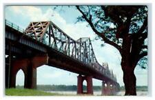 BATON ROUGE, LA Louisiana~ MISSISSIPPI RIVER BRIDGE c1950s Plastichrome Postcard