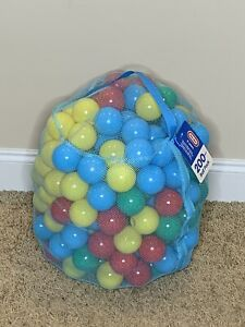 Little Tikes 200 Piece Ball Pack For Ball Pit or Bounce House Multi Color