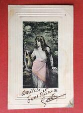 CPA. Illustrateur Fritz GRANDT. 1905. Jeune Fille Musique. Guitare.Cadre gaufré