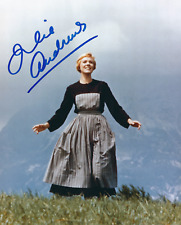 JULIE ANDREWS SIGNED THE SOUND OF MUSIC 8x10 PHOTO - UACC & AFTAL RD AUTOGRAPH