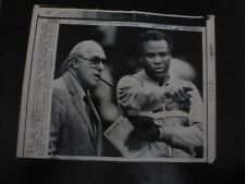 Vintage Wire Press Photo-Red Auerbach Watch Practice Boston Celtic 5/12/1986