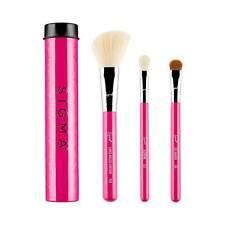 NEW Sigma Beauty - Essential Trio Brush Set