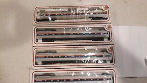 Ho Scale Amtrak Metroliner set
