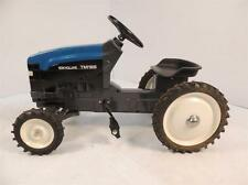 New Holland TM165 Wide Front Diecast Pedal Tractor by ERTL NIB!