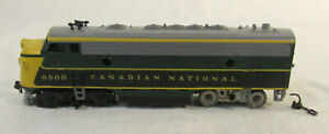 HO Scale Athearn F7A Diesel Engine - Canadian National 6500