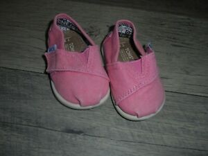 Toms pink shoes size toddler 3