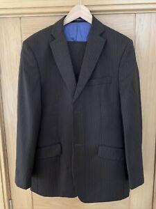 """Ted Baker """"Endurance"""" Men's 2 Piece Suit.  Jacket 40 Reg. Trousers 34 Reg."""
