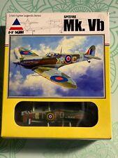 Spitfire MK. Vb 1:100 Fighter Legend Series Model Kit