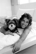 Poster MORNING SMILE - Schöner Mann mit Hund ca60x90cm NEU (56113)