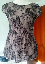 H&M top lacey size S