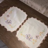 Vintage Embroidered Floral Linen Doilies Matching Set of 2 Pink Crocheted Edges