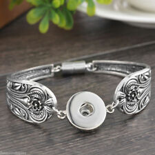 STYLISH WOMENS SILVER PLATED ETCHED PATTERNED SNAP  BUTTON NOOSA STYLE BRACELET