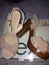 Block Patternless NEXT Heels for Women Sandals