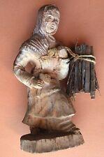 statuette en bois ancien SIC fabriqué France dame paysanne .D11