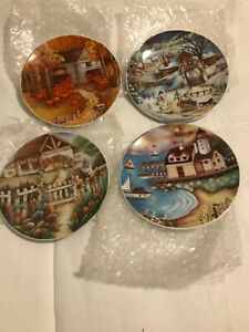 Set of 4 DECORATIVE PLATES  Featuring 4 seasons Cottages   6 inches