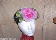 VINTAGE LADIES BLACK RATTAN PILLBOX HAT W/ LARGE PINK ROSE 54CM