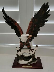 American Bald Eagle Statue, Resin Eagle and Tree Branch on Wood Base Italy ☆WOW☆