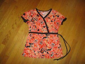 Ladies Koi by Kathy Peterson Kathryn Orange Black Floral Belted Scrubs Top XS