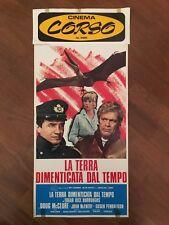 LOCANDINA LA TERRA DIMENTICATA DAL TEMPO .BURROUGHS The Land That Time Forgot 17