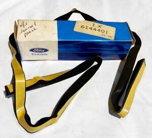 ★ NEW NOS 1985-1989 Merkur XR4Ti Sunroof Roof Panel Opening Seal Ford Sierra ★
