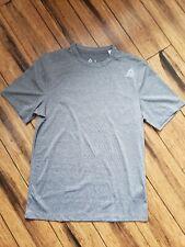 Reebok T-shirt Speedwick Gray Small Excellent condition Active wear shirt