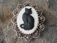 2 IN 1- HALLOWEEN BLACK CAT CAMEO BROOCH / PIN / PENDANT - WITCH, WICCA, WICCAN
