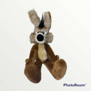 """Wile E. Coyote Vintage Plush by Warner Bros Mighty Star Label 18""""  USA 1971"""