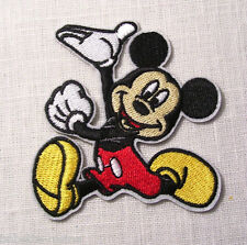ÉCUSSON PATCH BRODÉ thermocollant - SOURIS MICKEY COURSE - 8 x 8 cm