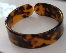 "3/4"" WIDE FAUX CARVED TORTOISE TURTLE SHELL HONEY AMBER HUE CUFF BANGLE BRACELET"