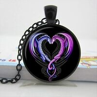 UK DRAGON HEART PENDANT NECKLACE Chain Glass Jewellery Gift Idea Gothic Fantasy