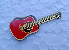 Pin's guitare rouge
