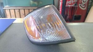 Front Lamp SUBARU FORESTER Right 01 02 Turn Signal Light