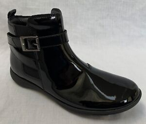 BNIB Clarks Girls Venture Move Black Patent Leather Ankle Boots F/G Fitting