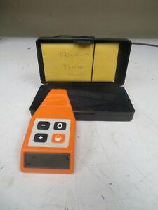 ELCOMETER - model 345 F - Digital Coating Thickness Gage w/ case - UQ26