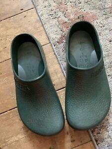 Birkenstock Dark Green PU Unisex Clogs Size EU 40