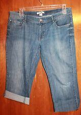 "WHITE HOUSE BLACK MARKET Ladies' Size 14 CUT-OFF DENIM CAPRIS (22"" Inseam NOIR)"
