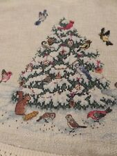 "NM Vint Heirloom Hand Cross Stitch CHRISTMAS TREE SKIRT 41"" diam XMAS Decoration"