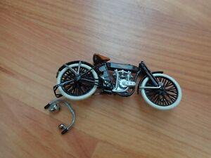 1/24 FRANKLIN MINT CLASSIC 1909 V-TWIN HARLEY DAVIDSON MOTORCYCLE BIKE
