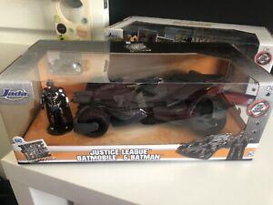 Jada DC Justice League Batmobile & Batman
