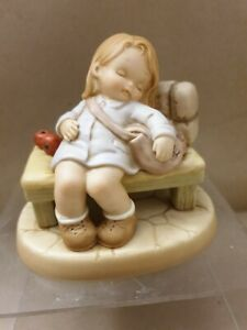 """Mabel Lucie Attwell, memories of yesterday 1996 """"God bless our future"""".New- box"""