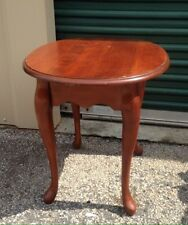 Style? Georgian? Queen Anne?  Solid Wood Small Oval Side End Cocktail Table.