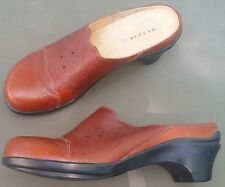 ARAVON CLOGS BROWN LEATHER COMFORT SHOES MADDIE 9 B