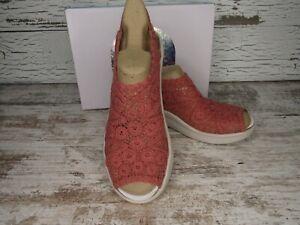 New ~ Women's Bzees Surprise Terracotta Macrame Slingback Sandals Size 9 W