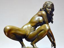 erotischer in Handarbeit gefertigter Bronze Akt signiert auf Marmorsockel