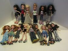 LOT BRATZ DOLLS 15 BOYS GIRLS CLOTHING OUTFITS FIGURE