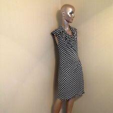 DRESS,MAX STUDIO, BLACK AND WHITE, SLEEVELESS, PULLOVER DRESS, SIZE M